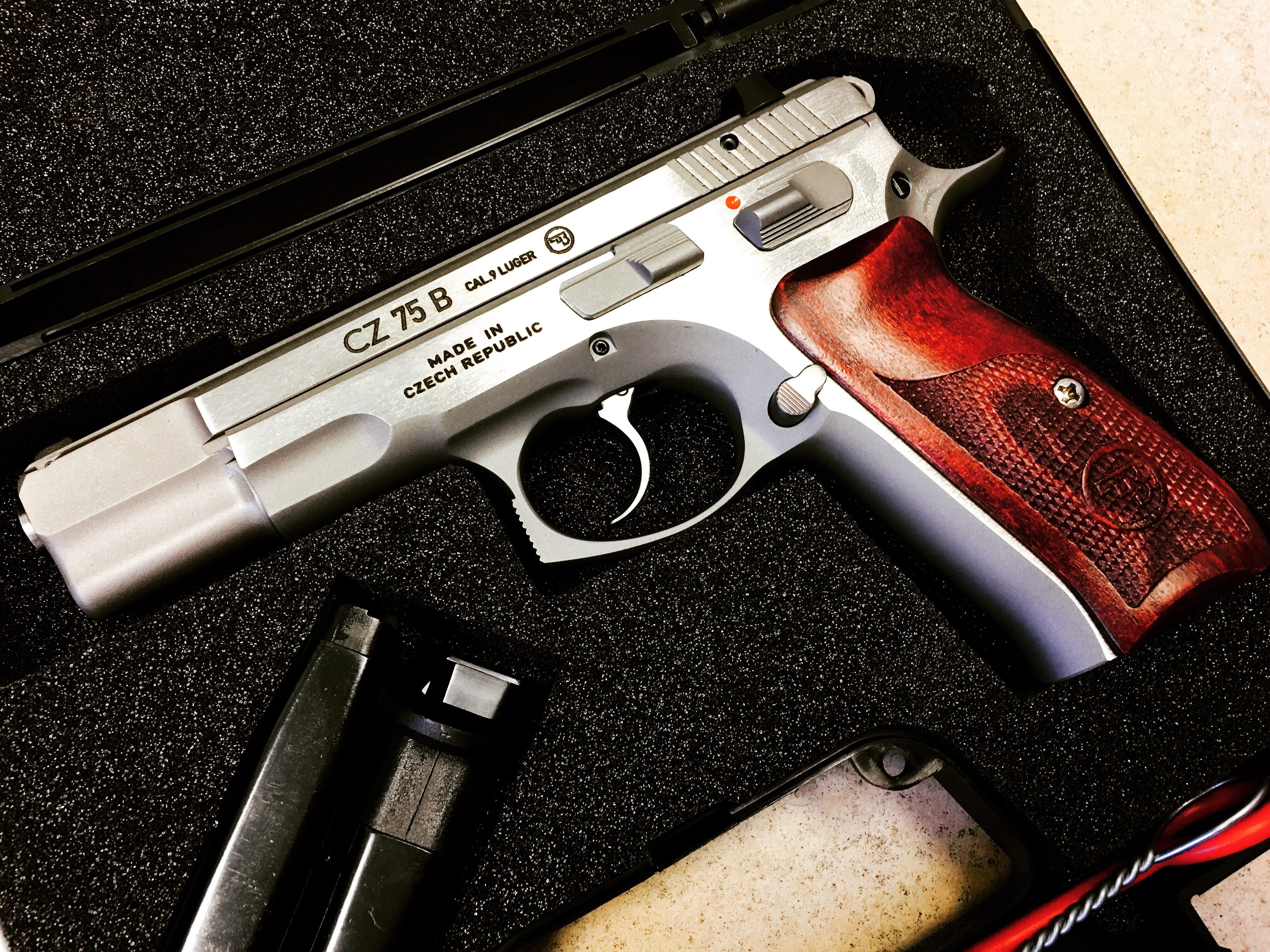 CZ75B NEW EDITION 9MM STAINLESS STEEL