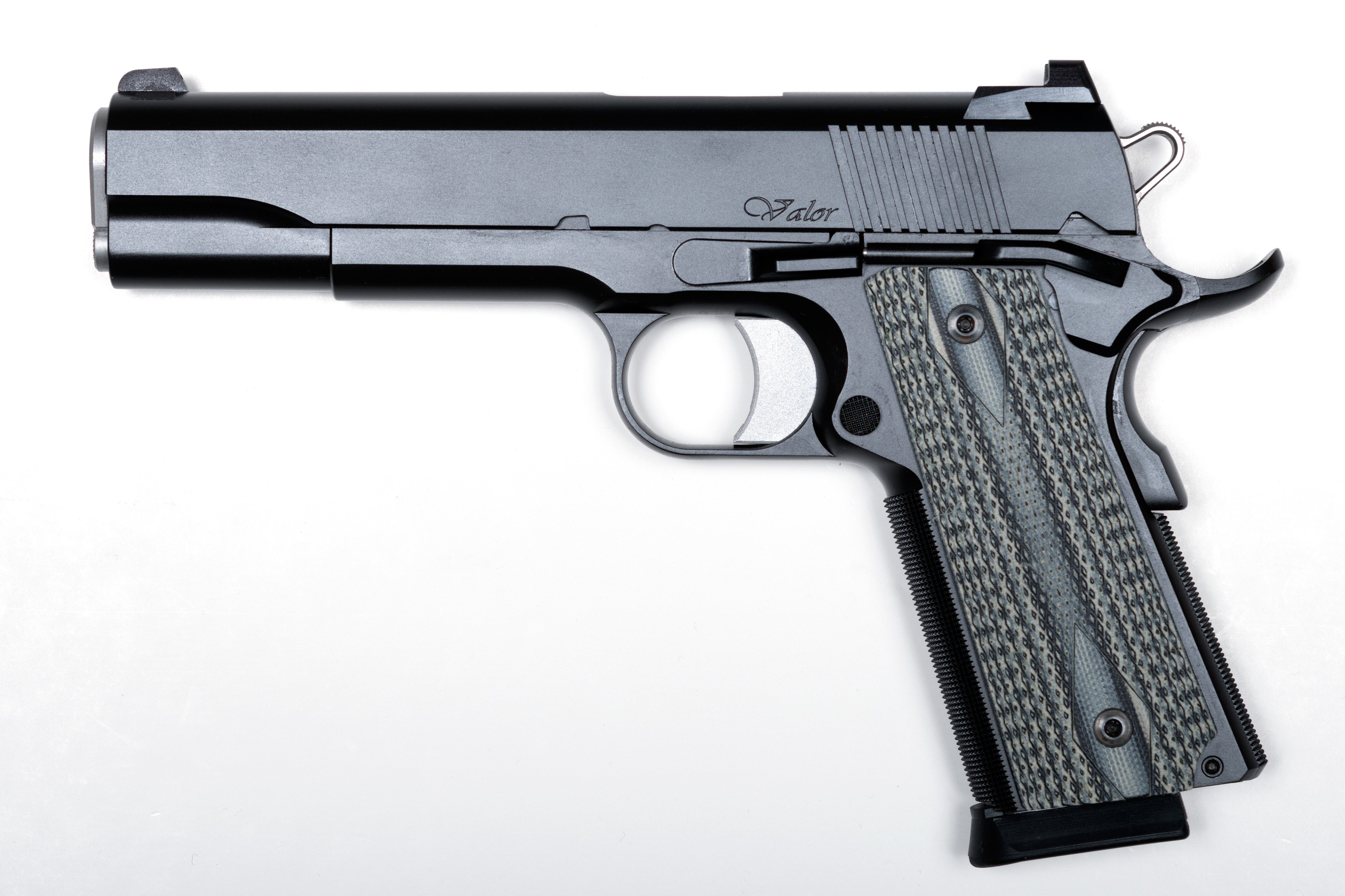 DAN WESSON VALOR .45ACP